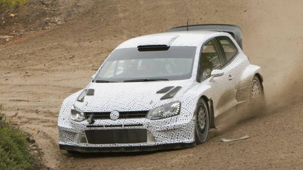 Der Polo R WRC bei finalen Schottertests.