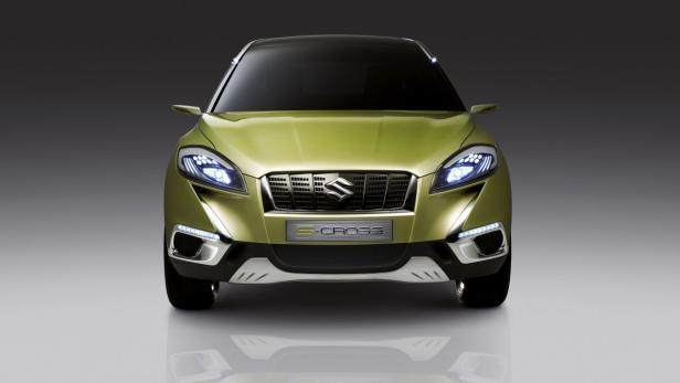 Suzuki S-Cross als Studie, das Serienmodell startet 2013