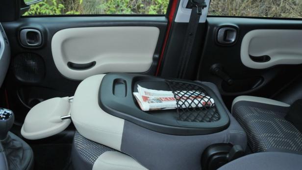 Praktisch: Umklappbare Beifahrersitzlehne.