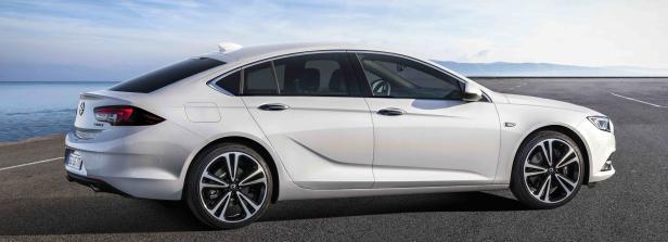 Opel-Insignia-Grand-Sport-304403.jpg