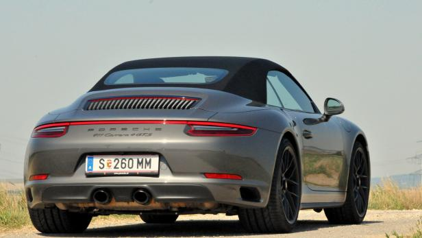 Porsche 911 GTS…