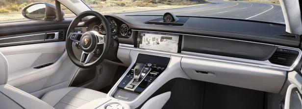 Porsche Panamera Cockpit 2016…