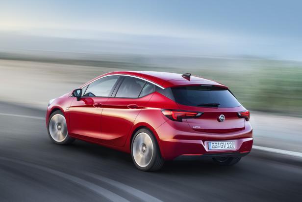 Opel-Astra-295902.jpg