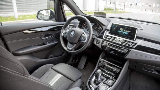 BMW 225 xe Active Tourer…