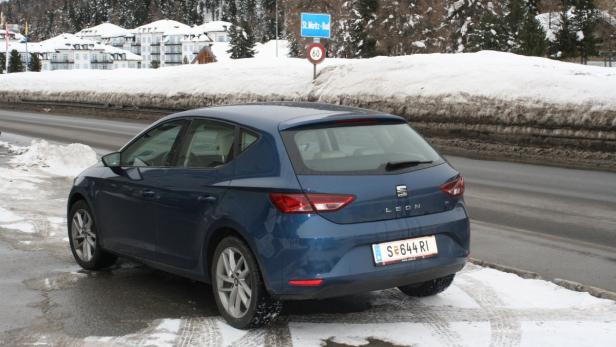 Unterwegs bei winterlichen Bedingungen in der Schweiz.