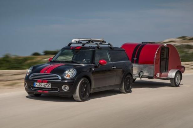Der Mini mit seinem Frontantrieb wäre für klassische Campingplätze im Sommer ausreichend.