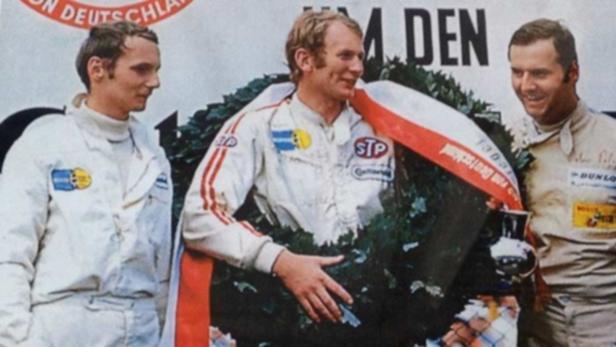 Drei Österreicher auf dem Siegerstockerl: Niki Lauda, Helmut Marko und Peter Peter (von links).