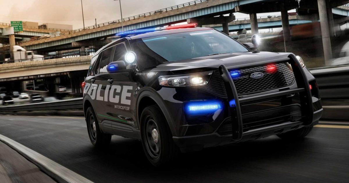 Ford-Police-Interceptor-2019-Bulliger-Blaulicht-King