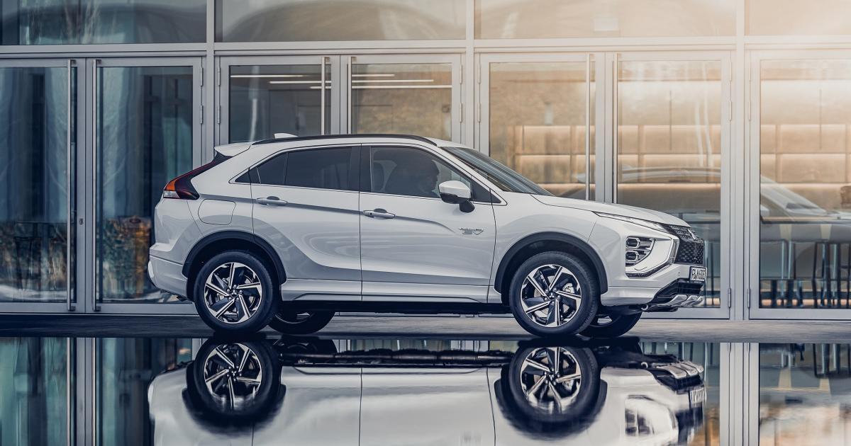 Mitsubishi-Eclipse-Cross-geht-an-die-Steckdose
