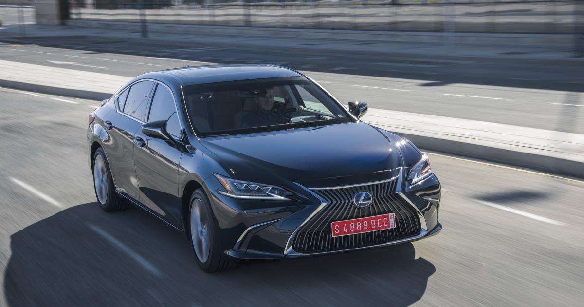 Lexus-ES-300h-Hier-ticken-die-Uhren-noch-anders