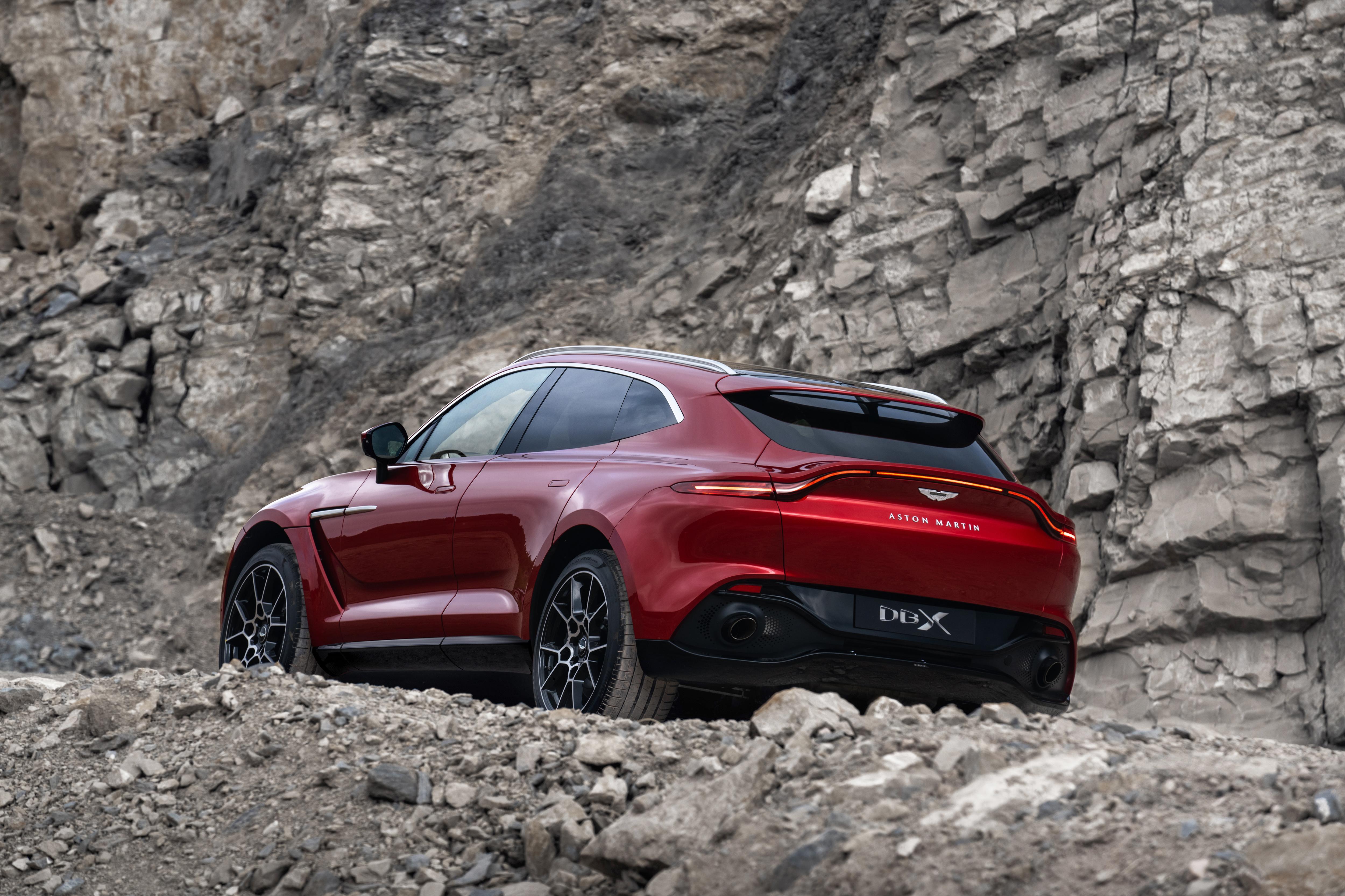 Aston Martin präsentiert sein erstes SUV - den DBX